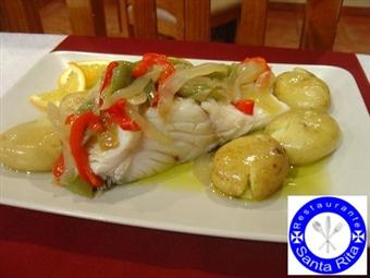 FÁTIMA: Refeição Completa para 2 ou 3 Pessoas no Restaurante Santa Rita por 19€ com Entrada, Prato, Sobremesas e Bebidas.