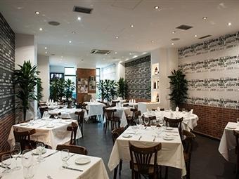 Restaurante Sixty 6: EXPERIÊNCIA GASTRONÓMICA para 2 Pessoas nas Galerias do Amazónia Lisboa Hotel. Entrada, Prato, Sobremesa e Bebida por 30.00€.