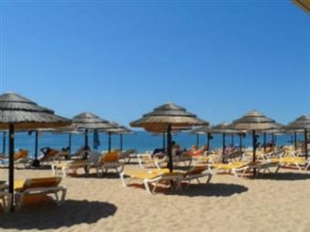 QUARTEIRA no VERÃO: 2, 3, 5 ou 7 Noites nos Apartamentos Paula Bela até 6 Pessoas no Algarve desde 69€. Aproveite as férias.