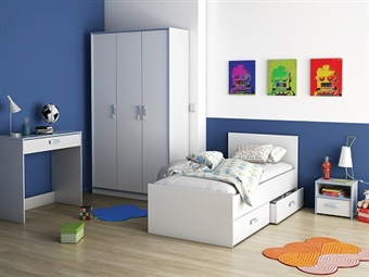 Cama Individual com 2 Gavetas e Mesa de Cabeceira em Branco por 209€. De um lado com detalhes em azul e do outro em rosa. PORTES INCLUÍDOS.
