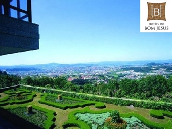 Hotel do Elevador 4*: 1 ou 2 Noites de Charme em Braga com Pequeno-almoço, Tratamento VIP e Acesso ao SPA por 26€. Usufrua da paisagem e explore a cidade!
