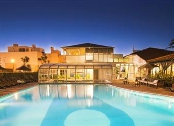Duna Parque Beach Club: 1, 2 ou 3 Noites em Vila Nova de Milfontes com acesso a Piscina Exterior e Interior, Jacuzzi e Sauna desde 36.50€.