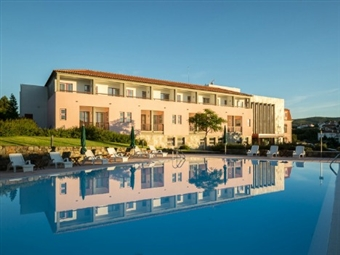 Hotel das Amoras 4*: 1, 2, 3, 5 ou 7 Noites em Proença-a-Nova com Pequeno-almoço, Sauna, Bicicletas e muito mais até AGOSTO desde 39€.