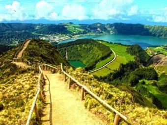 FESTAS SANTO CRISTO: ÚLTIMOS LUGARES: Circuito de 4 dias na Ilha S. Miguel com TUDO INCLUÍDO, Voo de Lisboa por 599€. Reserve Já!