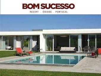Bom Sucesso Resort 5*: Estadia Romântica e Relaxante em Apartamento de Luxo com Pequeno-Almoço e Body Ritual desde 135€.