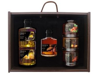 Caixa de Madeira Especial Gourmet II da Casa da Prisca: Compostas por 6 Deliciosos Produtos por 51.90€. PORTES INCLUÍDOS.