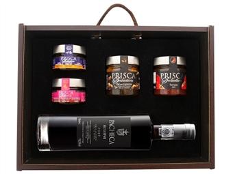 Caixa de Madeira Especial Seduction II da Casa da Prisca: Compostas por 5 Deliciosos Produtos por 39.90€. PORTES INCLUÍDOS.