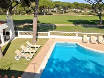 FÉRIAS em VILAMOURA: 7 Noites em Moradia até 10 Pessoas com Piscina Privada desde 720€. Tudo que precisa para umas fantásticas férias.