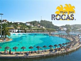 Praia das Rocas: Bilhetes de Entradas para 2 Adultos com ou sem Criança e com ou sem Actividades desde 12€ . Maior Praia Artificial do País em Leiria.