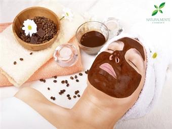 Tratamento de Rosto com Máscara de Chocolate em Massamá por 15€. Um autêntico Spa Facial com um toque muito especial do chocolate!