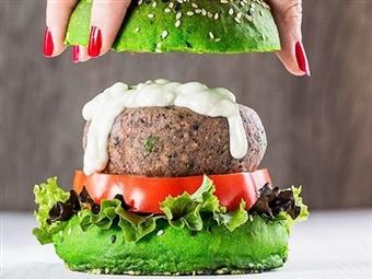 Hambúrguer Vegan à escolha, Bebida, Acompanhamento, Entrada e Café para 2 Pessoas em Lisboa ou Cascais no Vegana Burgers por 12.50€.