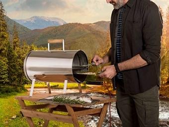 Fumeiro Eléctrico: Cozinhe com Aparas de Madeira e Dê Sabores mais Ricos e com Baixo Teor de Gordura por 129€. PORTES INCLUÍDOS.