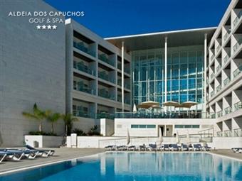 Aldeia dos Capuchos Golf & Spa 4*: Escapada Romântica com Jantar e Massagem desde 44.50€. Apaixone-se junto ao mar.