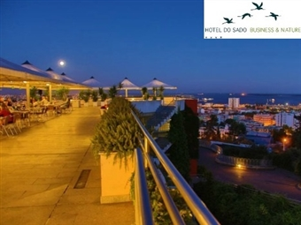 HOTEL DO SADO 4*: Estadia com Pequeno-Almoço e Passeio de Barco pelo Sado em busca dos Golfinhos desde 76€. Momentos Perfeitos em Família.