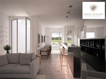 Hotel Água D'Alma: 1 ou 2 Noites com Pequeno-Almoço e muito para conhecer e visitar. A Oeste tudo é novo. Recupere energia para as férias desde 29.50€