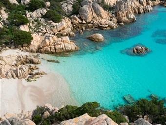 CIRCUITO no SUL de ITÁLIA: 8 Dias de Cultura e Praia com MEIA PENSÃO e Voos de Lisboa ou Porto. Descubra CALÁBRIA por 1460€.