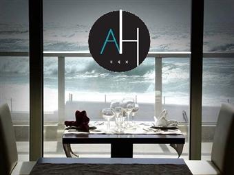 Arribas Terrace na Praia Grande: Menu do Mar para 2 Pessoas com Vista Panorâmica sobre o Oceano por 39.90€. Relaxe onde a Terra e o Mar se unem!