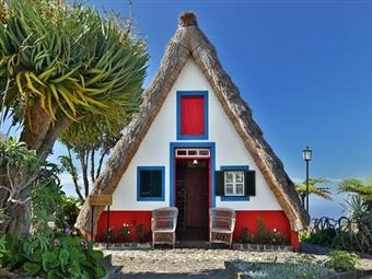 À Descoberta da Ilha da Madeira: 5 Dias com Hotel 4* + Voos + Transferes + Pensão Completa + Visitas desde 660€. Visite a Ilha das Flores.