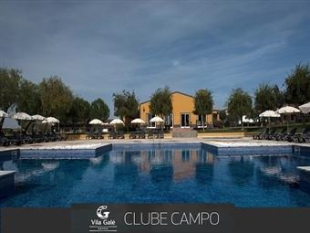 VILA GALÉ CLUBE DE CAMPO 4*: 2 Noites com Pequeno-Almoço, Programa Especial Vindimas, Visita à Cave e Almoço desde 157€. Divirta-se a Vindimar!
