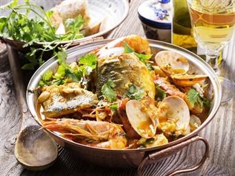 Cataplana de Marisco ou de Peixe para 2 Pessoas no Restaurante Garphus em Lisboa por 24.90€. Sabores únicos para partilhar!