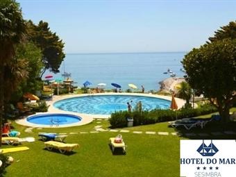 Hotel do Mar 4* em Sesimbra com opção de Meia Pensão ou Pensão Completa, Piscinas e Estacionamento Privado desde 27€. Desfrute da Vista Mar.
