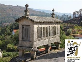 Miradouro do Castelo: 2 Noites em Castro Laboreiro no Parque Nacional do Gerês por 24.95€. Conheça umas das Finalistas do Prémio Aldeias de Portugal.