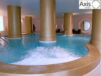 Relaxe no Axis Vermar 4*: Estadia na Póvoa do Varzim com Jantar Romântico, Welcome Drink, Massagem e Spa desde 55€. Faça uma escapada Zen junto ao Mar.