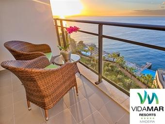 Vidamar Resorts Madeira 5*: 2 Noites no Funchal com Meia-Pensão, Voo Directo, Transferes, Massagem, Spa e Actividades desde 455€. Imperdível.
