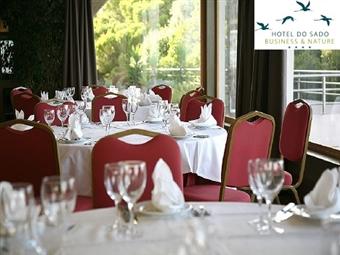 RÉVEILLON no HOTEL DO SADO 4*: 1 ou 2 Noites com Jantar, Animação e Brunch desde 189€. Faça a Festa junto ao Mar.