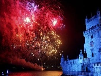 Festeje a Passagem de Ano em Lisboa no Renovado Olaias Park Hotel 4*: 2 Noites com Jantar de Fim de Ano e Brunch de Ano Novo Por 240€. Divirta-se.