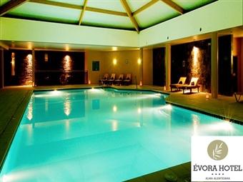 Évora Hotel 4*: 1 a 3 Noites em Évora com Pequeno-Almoço, Welcome Drink, SPA, Visita a Adega com Prova de Vinhos desde 35€. CRIANÇA GRÁTIS.