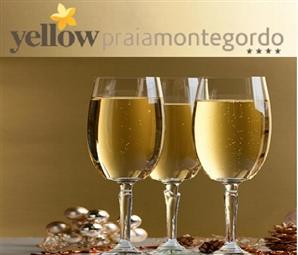 Yellow Monte Gordo 4*: 2 Noites com Pequeno-Almoço, Cocktail, Jantar Fim-de-Ano, Animação e Brunch por 205€. Mantenha a tradição. Réveillon é Algarve