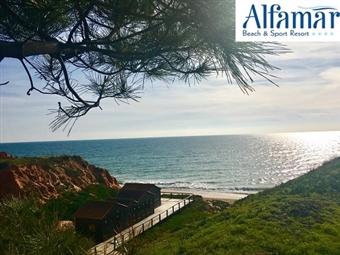 ALFAMAR BEACH & SPORT RESORT 4*: Réveillon em Albufeira. 2 Noites com Pequeno-almoço, Jantares e Brunch por 171€. Festa & Animação junto à Praia.