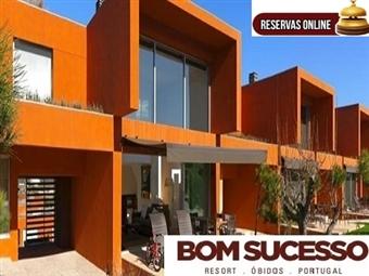 Bom Sucesso Resort 5*: Escapada de 1 Noite em Apartamento de luxo até 6 pessoas em Óbidos desde 100€. Fuja da cidade e viva a natureza.