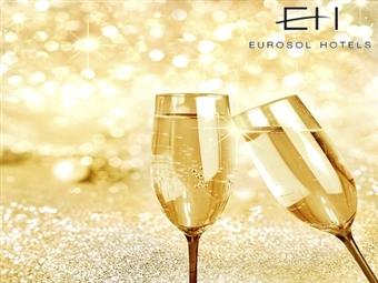 Eurosol Seia Camelo: Até 4 Noites com Pequeno-almoço. Jantar e Festa de Fim de Ano com Bar Aberto e Animação desde 198€. Réveillon na Serra da Estrela