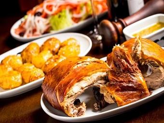 LEITÃO ASSADO à Garphus para 2 Pessoas em Lisboa por 19.90€. A tradição Portuguesa à mesa em Campolide!