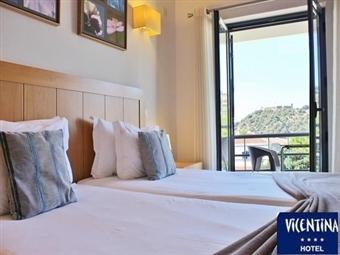 Vicentina Hotel 4*: 1 ou 2 Noites com Jantar em Aljezur, na tranquilidade da Costa Vicentina desde 26.50€. O Refúgio Ideal para fugir à Rotina.