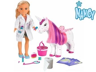 NANCY: Um Dia Como Veterinária de Unicórnios por 64.50€. O seu unicórnio mágico precisa de cuidados para que volte a espalhar magia! PORTES INCLUÍDOS.
