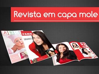 Revista com Capa de 20 Páginas de 21x29,7cm Personalizada com as suas Fotografias e Imagens Preferidas por 6€. Faça a sua própria revista!