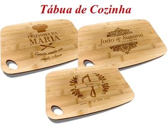 Tábua de Cozinha em Bambu de 30x20cm Personalizada com Gravação Digítal por 16€. A tábua de queijo ideal!