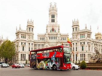 Madrid: 2 Noites em Hotel DormirdCine 4* com Pequeno-Almoço, Voo Lisboa ou Porto e Entradas para 3 Atracções desde 255€. Visite Nostros Hermanos.