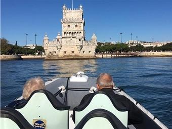 Conheça Lisboa a partir do Rio Tejo: Tour Monumentos em Barco Semi-Rígido por 22.50€. Veja o Video e apaixone-se!