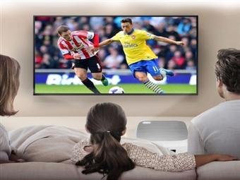 Projetor Portátil HD com Comando, USB e HDMI por 105€. Viva o Mundial de Futebol em Grande! Cinema em Casa! PORTES INCLUIDOS.