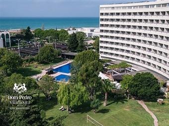 Hotel Dom Pedro Vilamoura 4*: Estadia 2 Noites com Pequeno-almoço, Jantar com Bebidas, Acesso ao SPA e Massagem Relaxante desde 184€. Momentos Zen!