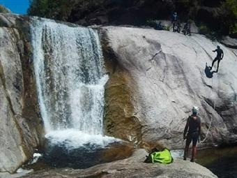 Canyoning com Almoço para 1 pessoa no Parque Nacional da Peneda-Gerês por 28.50€. Divirta-se na Natureza!