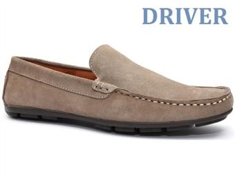 Sapatos Driver Liso Beige com várias medidas à escolha por 49€. PORTES INCLUÍDOS.