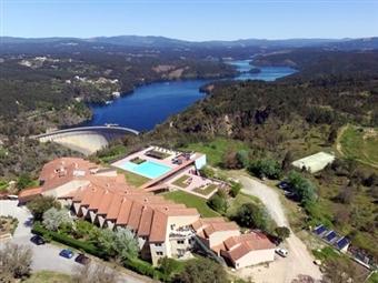 Hotel da Montanha 4*: Estadia de 1 a 5 Noites com Jantar, Sauna, Banho Turco, Jacuzzi, Espaço Fitness e Piscinas em Pedrogão Pequeno desde 29.50€.
