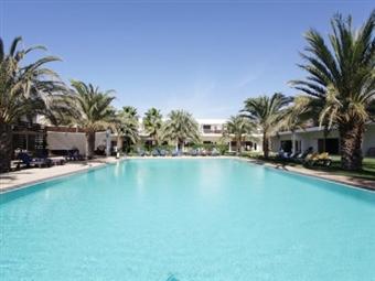 SAL = CABO VERDE: 8 Dias em Hotel 4* com Voo de Lisboa, Tour da Ilha, Experiência Exclusiva, Aulas de Yoga, Bicicleta, Transferes e Seguro desde 960€.