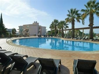 VERÃO em ALBUFEIRA: Apartamento T1 durante 6 dias no Cheerfulway Balaia Plaza 4* desde 123€.