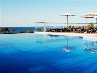 Suites Alba Resort & Spa: Escapada em Suite de Luxo no Carvoeiro com Acesso ao Circuito Spa por 40€. CRIANÇA GRÁTIS! RESERVA ONLINE.
